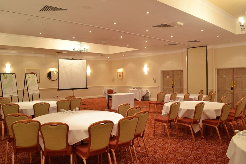 Holiday Inn Reading - West-The Bourne Suite - capacity 200 theatre style<br/>Image from Leonardo