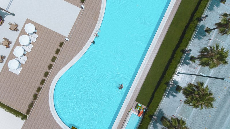 Crowne Plaza Antalya-Pool<br/>Image from Leonardo