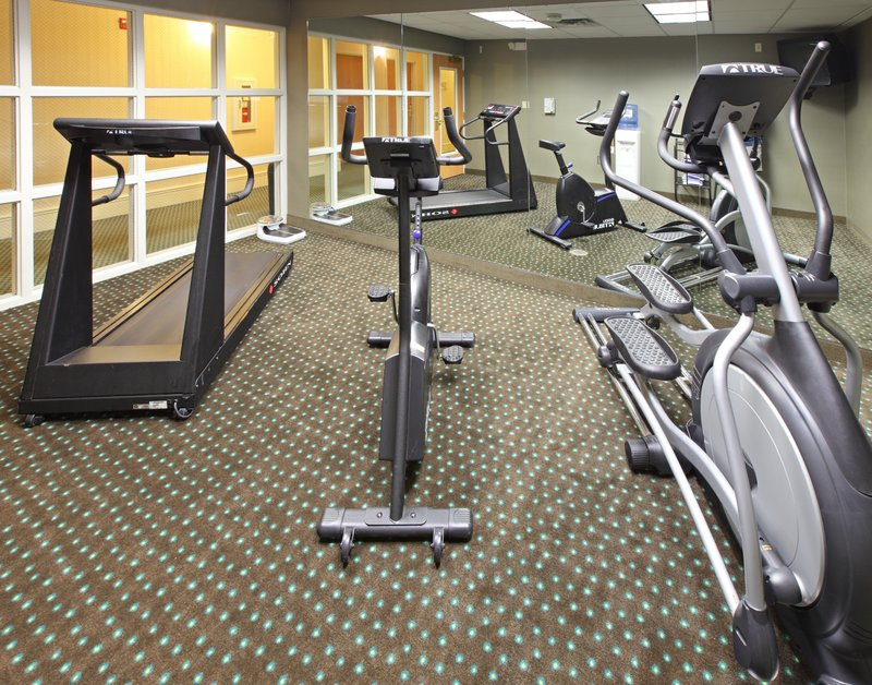 Holiday Inn Express Fort Smith Executive Park-Fitness Center<br/>Image from Leonardo