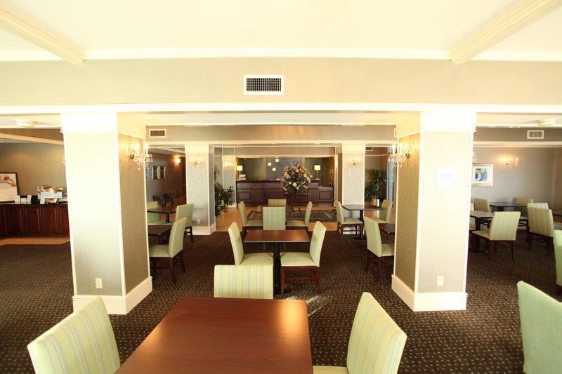 Holiday Inn Express Fort Smith Executive Park-Breakfast Area<br/>Image from Leonardo