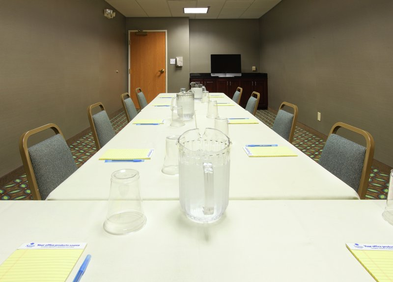 Holiday Inn Express Fort Smith Executive Park-Meeting Room<br/>Image from Leonardo