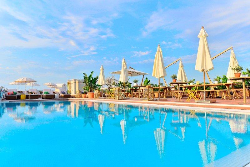 AC Hotel Nice-Rooftop Terrace Pool<br/>Image from Leonardo
