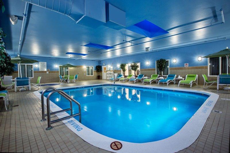 Holiday Inn Express Saskatoon Centre-Swimming Pool<br/>Image from Leonardo