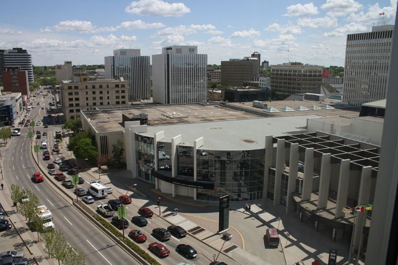 Holiday Inn Express Saskatoon Centre-TCU Place Convention Centre and Midtown Plaza Shopping Mall<br/>Image from Leonardo
