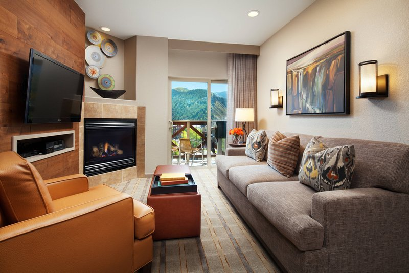 Sheraton Mountain Vista Villas Avon/Vale Valley-One-Bedroom Smaller Villa - Living Area<br/>Image from Leonardo