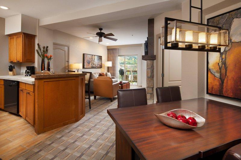 Sheraton Mountain Vista Villas Avon/Vale Valley-One-Bedroom Villa - Dining Area<br/>Image from Leonardo