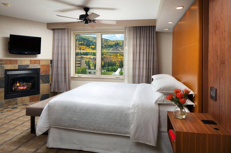 Sheraton Mountain Vista Villas Avon/Vale Valley-One-Bedroom Villa - Bedroom<br/>Image from Leonardo