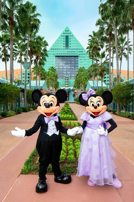 Walt Disney World Dolphin - Mickey and Minnie Wedding - Causeway <br/>Image from Leonardo