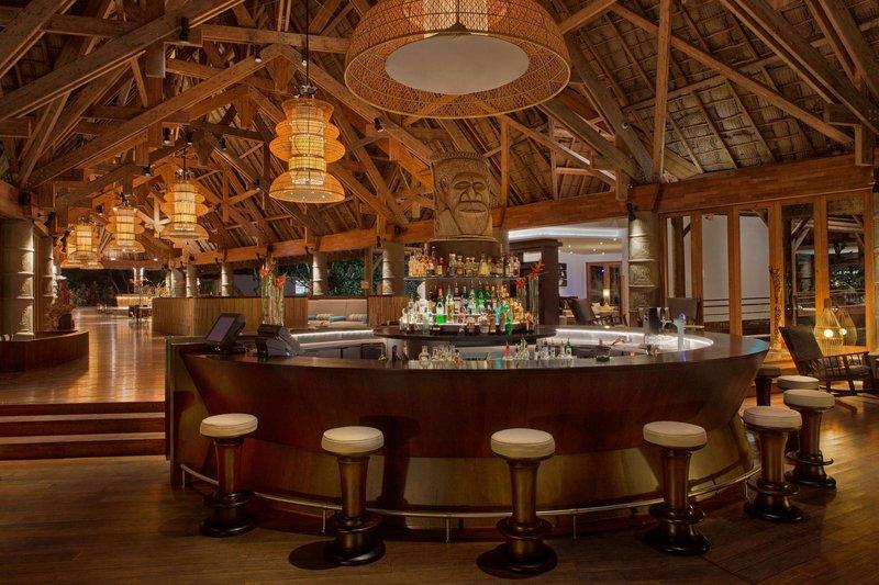 Sheraton New Caledonia Deva Spa And Golf Resort-Creek Bar by night<br/>Image from Leonardo