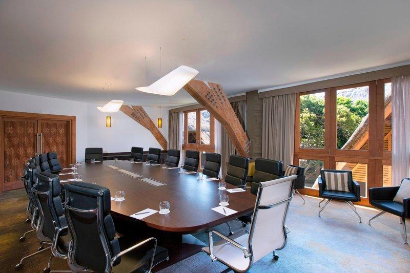 Sheraton New Caledonia Deva Spa And Golf Resort-Pomea Boardroom<br/>Image from Leonardo