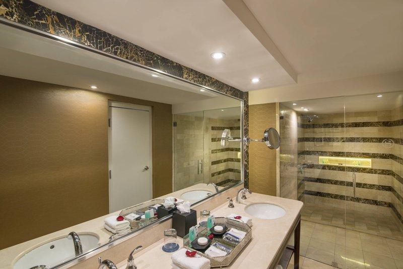 Sheraton Santo Domingo-Res Rooms Guest Bathroom<br/>Image from Leonardo
