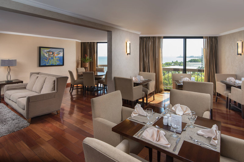 Sheraton Santo Domingo-Sheraton Club Lounge<br/>Image from Leonardo