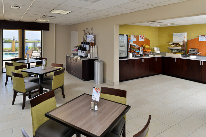 Holiday Inn Express & Suites Tampa/Rocky Point Island-Breakfast Area<br/>Image from Leonardo
