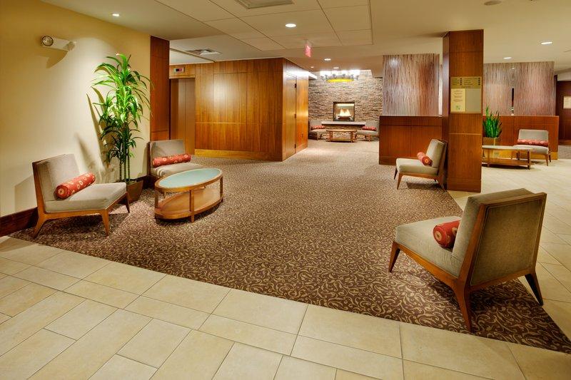 Holiday Inn Syracuse - Liverpool - Exit 37-Hotel Lobby<br/>Image from Leonardo