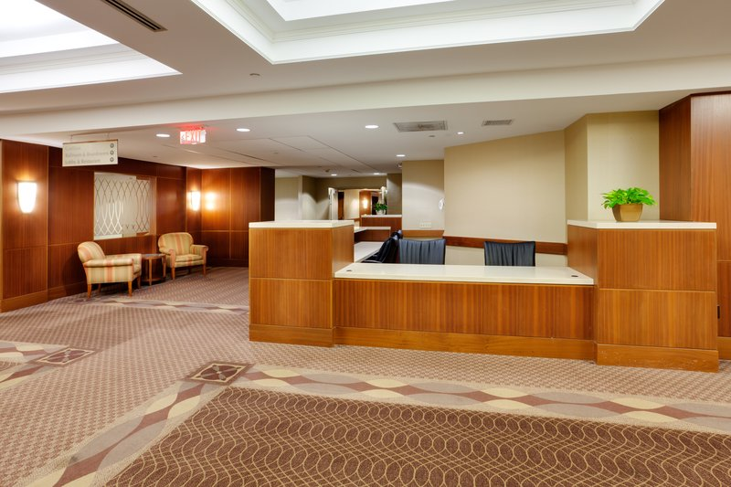 Holiday Inn Syracuse - Liverpool - Exit 37-Convention Center Foyer<br/>Image from Leonardo