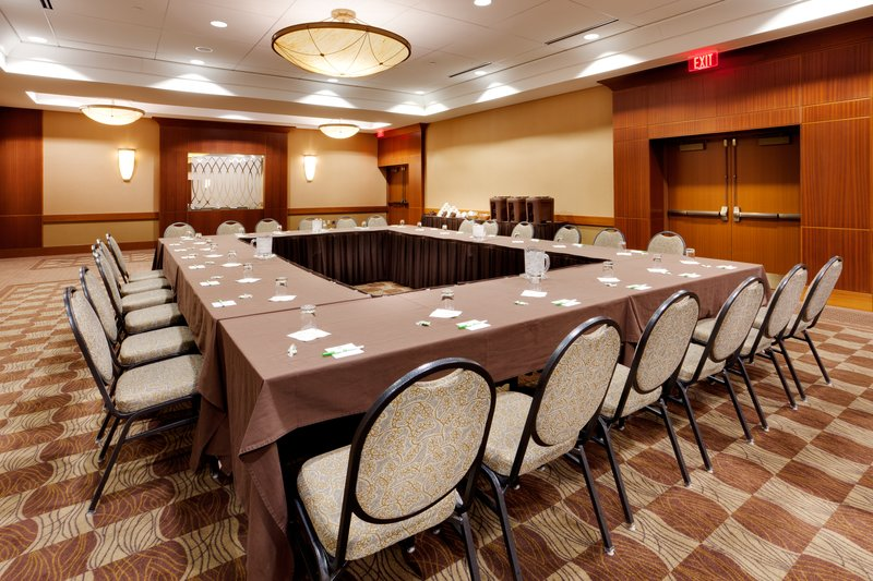 Holiday Inn Syracuse - Liverpool - Exit 37-Ballroom Section Hollow Square<br/>Image from Leonardo