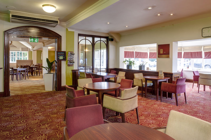 Holiday Inn Ipswich - Orwell-Priory Bar<br/>Image from Leonardo