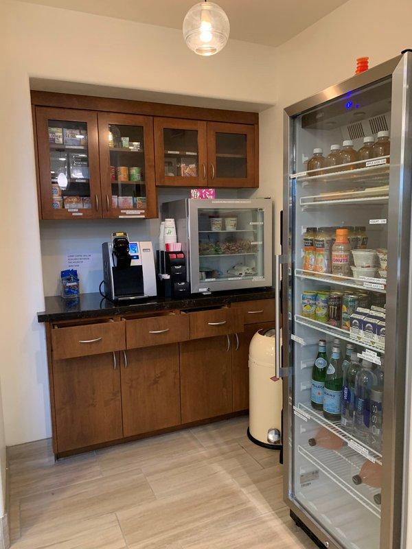 Holiday Inn Selma-Swancourt-Vending<br/>Image from Leonardo