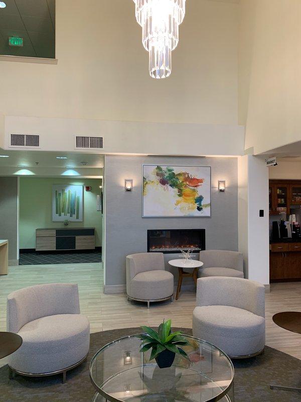 Holiday Inn Selma-Swancourt-Hotel Lobby<br/>Image from Leonardo