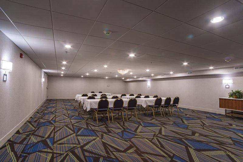 Holiday Inn Express Branford - New Haven-Meeting Room<br/>Image from Leonardo