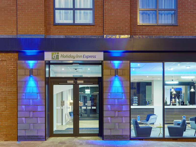Holiday Inn Express Grimsby-Entrance<br/>Image from Leonardo