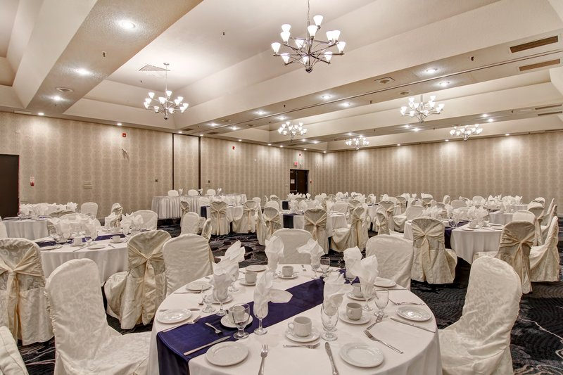 Holiday Inn Oakville Centre-Trafalgar Ballroom Special Event<br/>Image from Leonardo