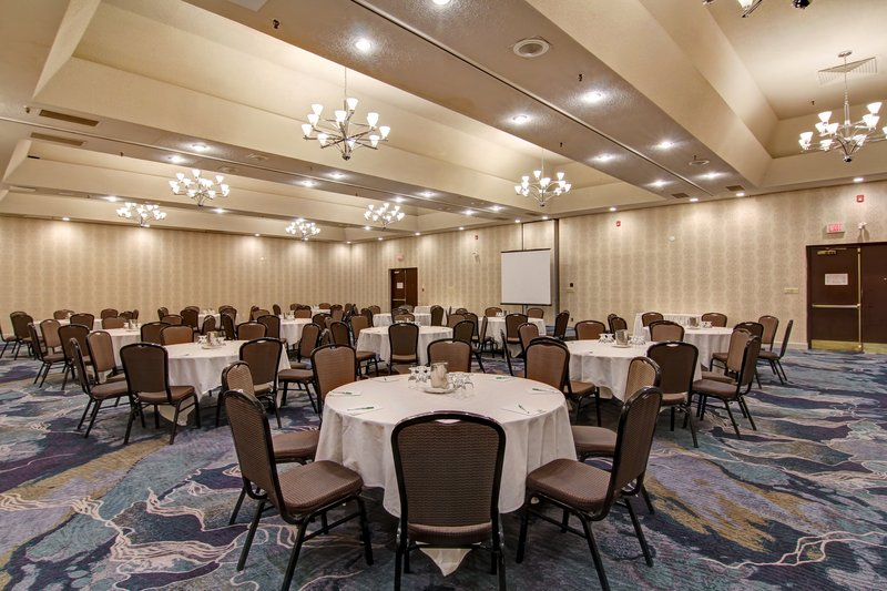 Holiday Inn Oakville Centre-Trafalgar Ballroom Presentation<br/>Image from Leonardo