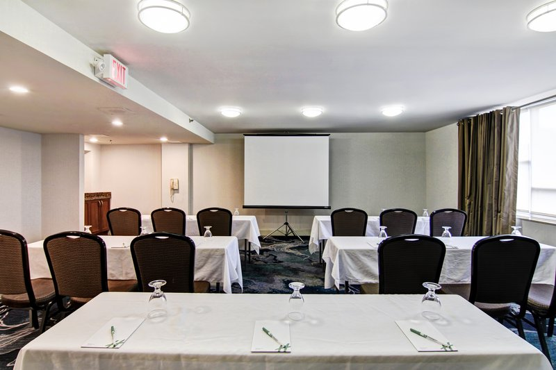 Holiday Inn Oakville Centre-Oak Room Classroom<br/>Image from Leonardo