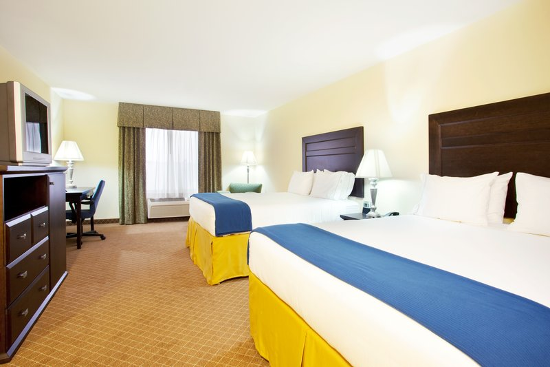 Holiday Inn Express Hotel & Suites Chicago South Lansing-Double Bed Guest Room<br/>Image from Leonardo