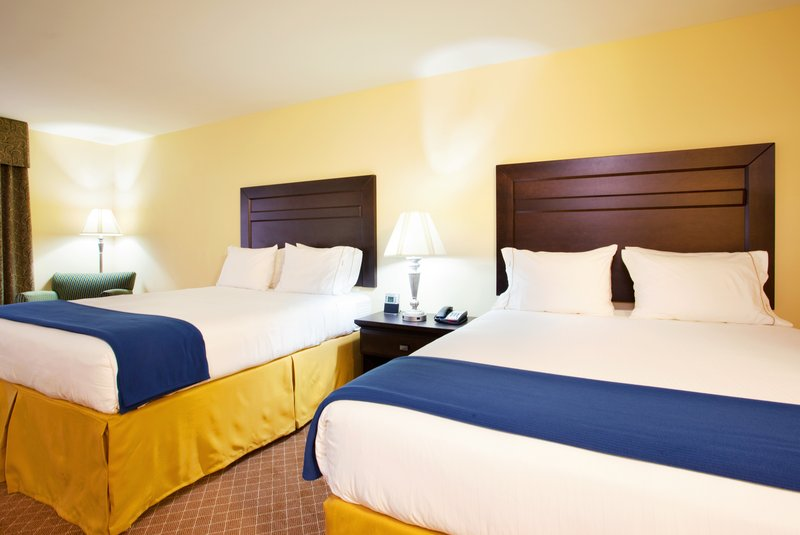Holiday Inn Express Hotel & Suites Chicago South Lansing-Queen Bed Guest Room<br/>Image from Leonardo