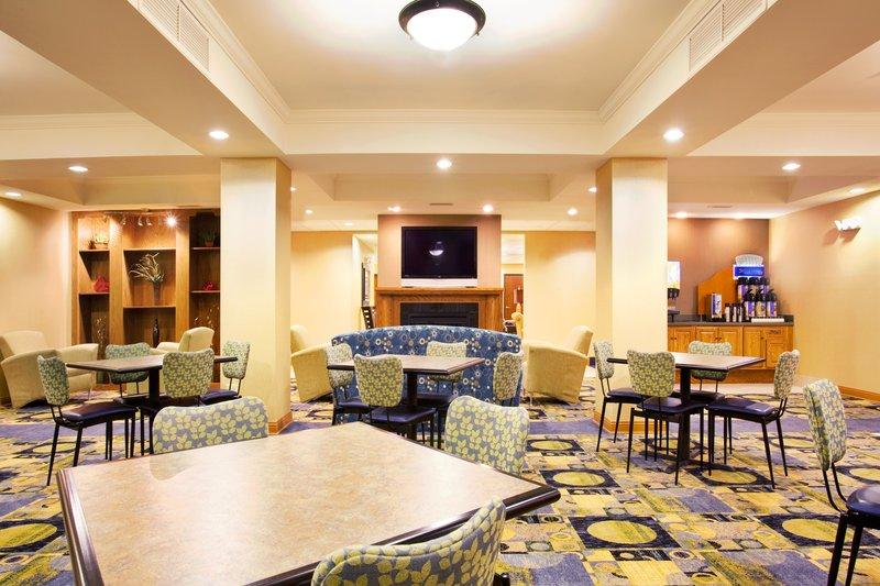 Holiday Inn Express Hotel & Suites Chicago South Lansing-Breakfast Bar<br/>Image from Leonardo