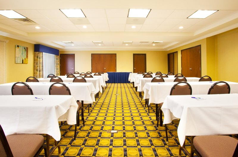 Holiday Inn Express Hotel & Suites Chicago South Lansing-Meeting Room<br/>Image from Leonardo