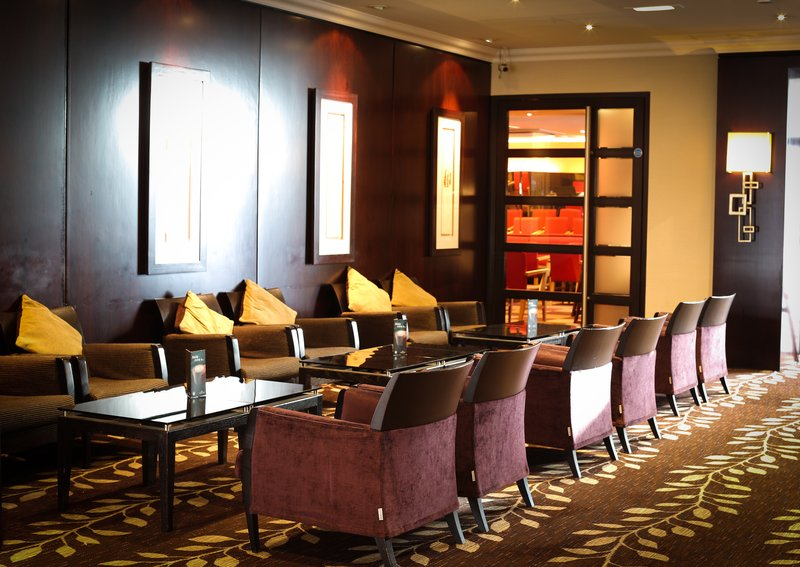 Crowne Plaza Manchester Airport-Hotel Lobby<br/>Image from Leonardo