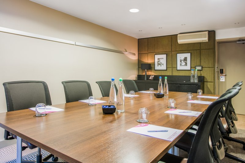 Crowne Plaza Manchester Airport-Meeting Room<br/>Image from Leonardo