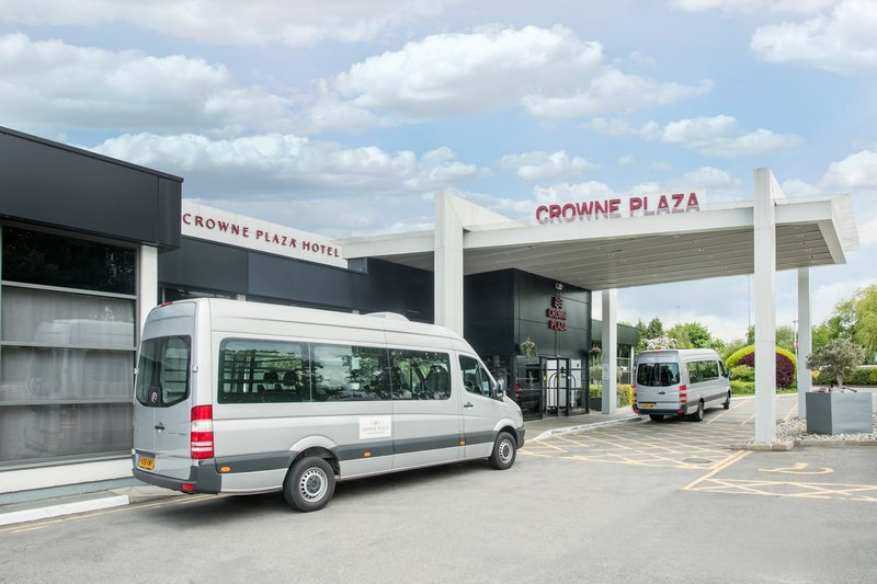 Crowne Plaza Manchester Airport-Airport Shuttle<br/>Image from Leonardo