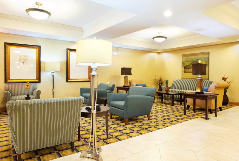 Holiday Inn Express Hotel & Suites Chicago South Lansing-Hotel Lobby<br/>Image from Leonardo