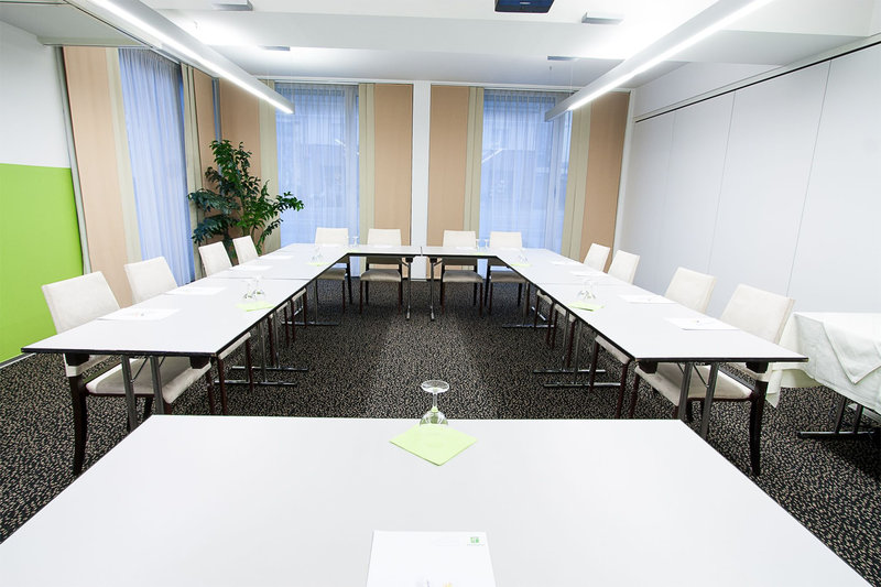 Holiday Inn Salzburg City-Stay communicatively in our daylight Meeting Room<br/>Image from Leonardo
