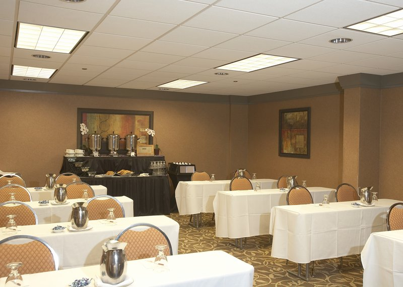 Crowne Plaza Little Rock-The Place to Meet - Little Rock<br/>Image from Leonardo