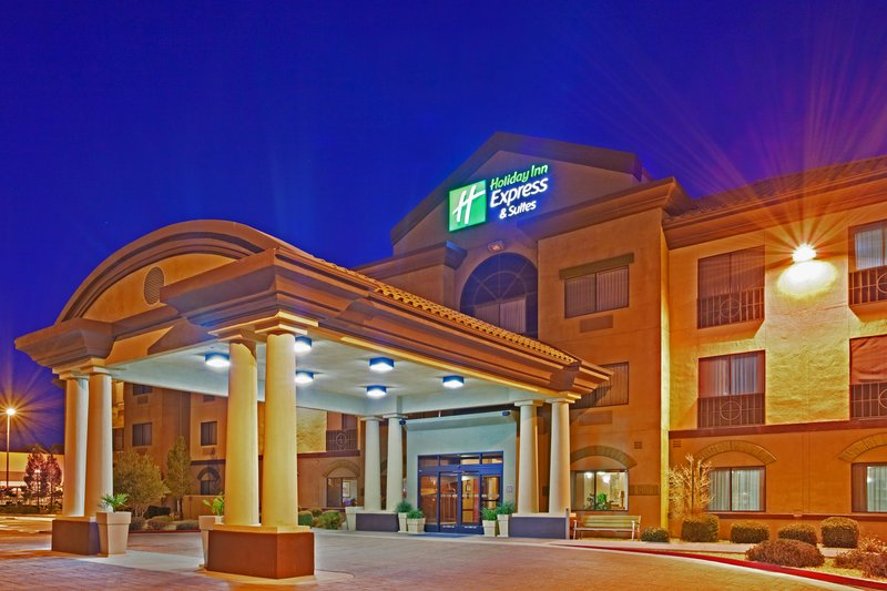 Holiday Inn Express & Suites Barstow - Outlet Center-Holiday Inn Express & Suites Outlet Center Front Entrance 3<br/>Image from Leonardo