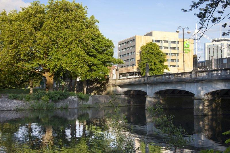 Holiday Inn Cardiff City Centre-Lovely stroll along the river bank<br/>Image from Leonardo