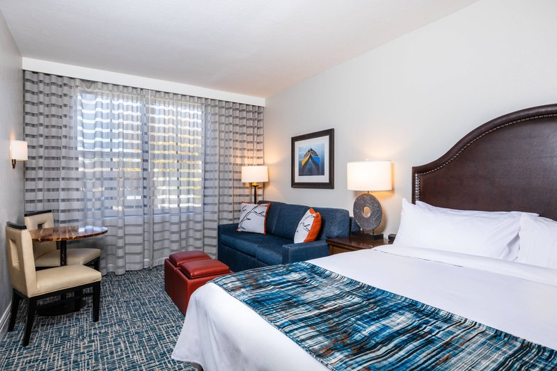 The Landing Resort and Spa-King Guest Room<br/>Image from Leonardo