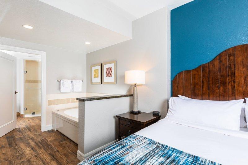 The Landing Resort and Spa-Villa Master Bedroom<br/>Image from Leonardo