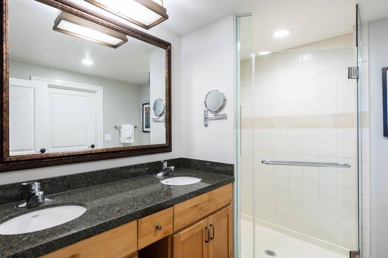 The Landing Resort and Spa-Villa Master Bathroom<br/>Image from Leonardo