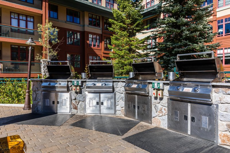 The Landing Resort and Spa-BBQ Grill<br/>Image from Leonardo