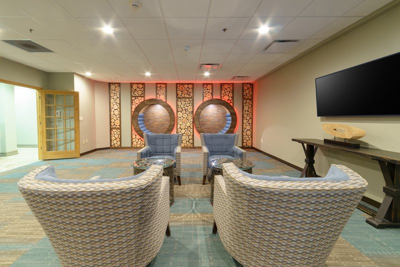Holiday Inn Club Vacations Gatlinburg-Smoky Mountain Resort-Take a seat and relax in our activity center!<br/>Image from Leonardo