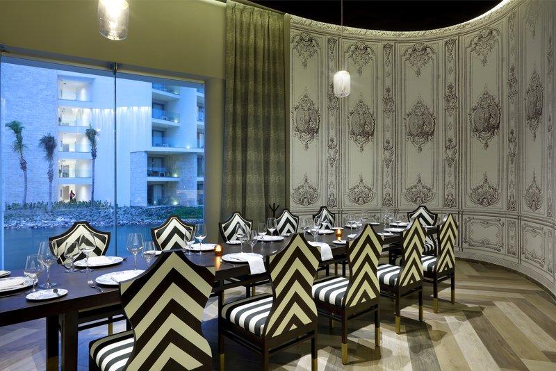 TRS Coral - La Boheme Restaurant <br/>Image from Leonardo