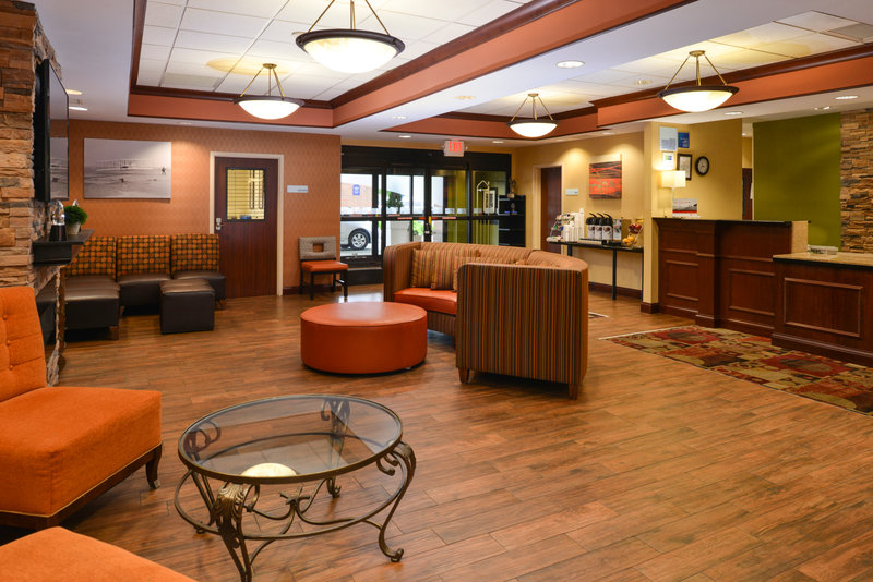 Holiday Inn Express & Suites Dayton - Centerville-Hotel Lobby<br/>Image from Leonardo