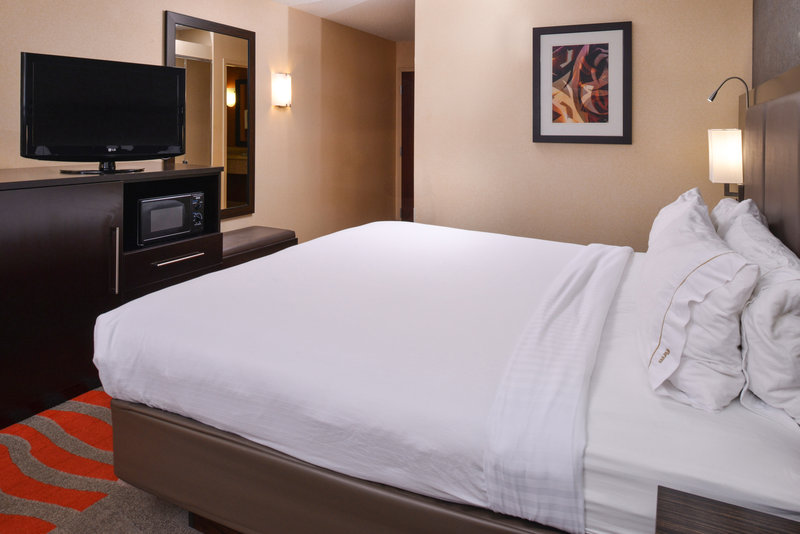 Holiday Inn Express & Suites Dayton - Centerville-King Bed Guest Room<br/>Image from Leonardo