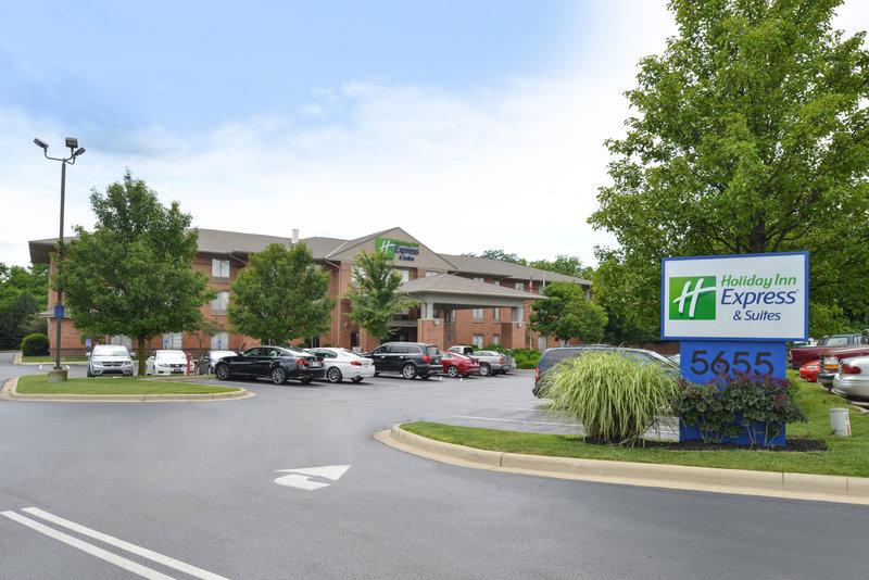 Holiday Inn Express & Suites Dayton - Centerville-Hotel Exterior<br/>Image from Leonardo