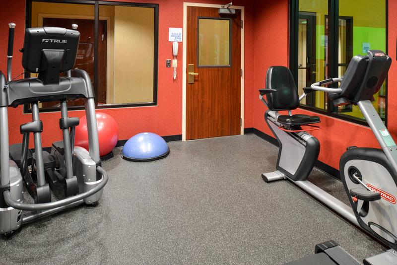 Holiday Inn Express & Suites Dayton - Centerville-Fitness Center<br/>Image from Leonardo